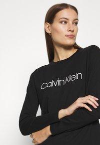 Calvin Klein - CORE LOGO CREW TEE - Long sleeved top - black - 4