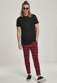 Urban Classics - T-shirt basic - black - 1