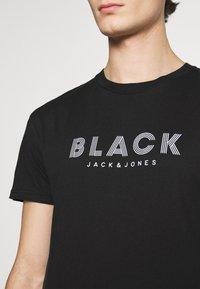 Jack & Jones PREMIUM - JPRBLACLEAN TEE CREW NECK - Print T-shirt - black - 5