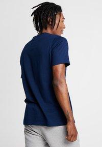 adidas Originals - TREFOIL UNISEX - Camiseta estampada - collegiate navy - 2