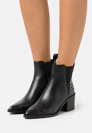 AUDITION - Cowboy/biker ankle boot - black