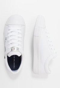 Tommy Hilfiger - Tenisky - white - 0