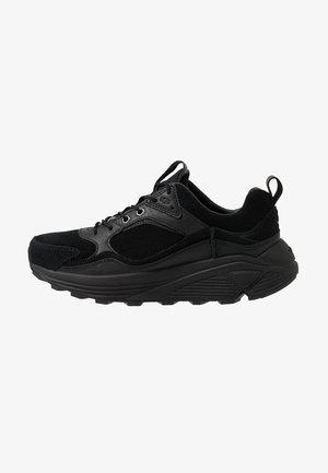 MIWO TRAINER - Sneakersy niskie - black