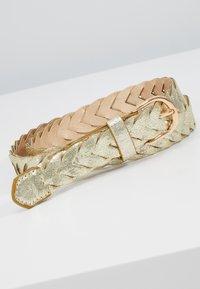 NAF NAF - STONES - Belte - light gold-coloured - 2