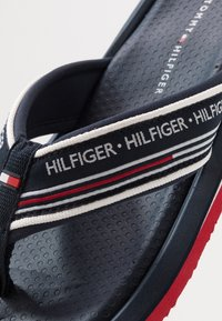 Tommy Hilfiger - CORPORATE COMFORT BEACH - T-bar sandals - white - 5