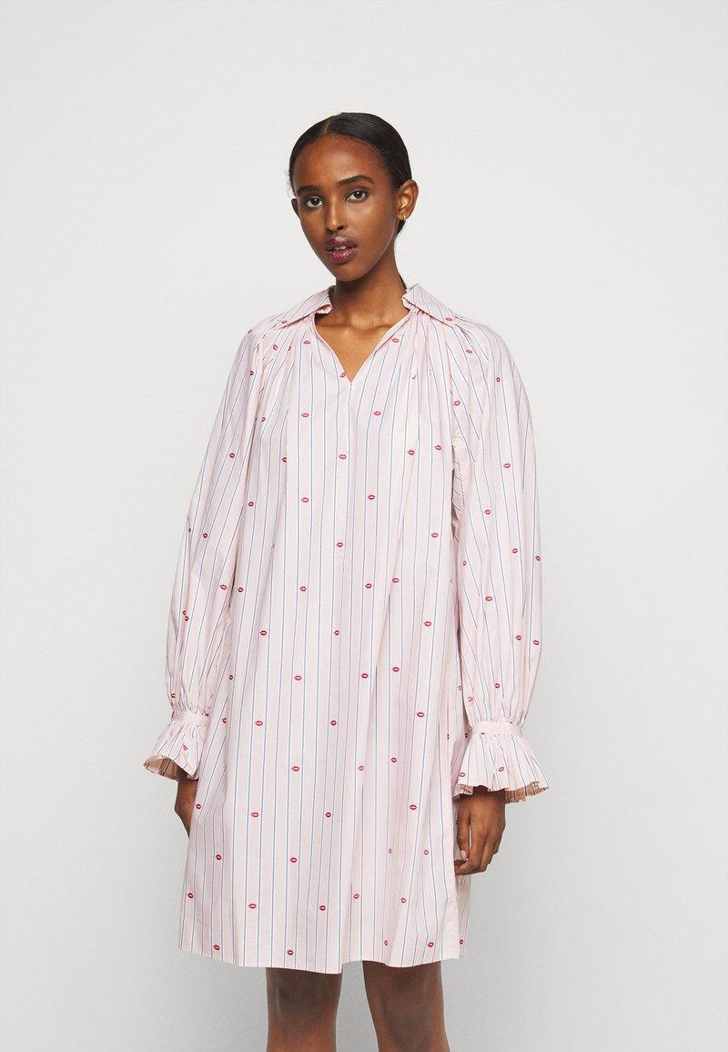 Victoria Victoria Beckham - LIPS PRAIRIE DRESS - Day dress - pink