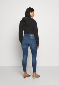 Calvin Klein Jeans - HIGH RISE SUPER ANKLE - Jeans Skinny - mid blue - 2