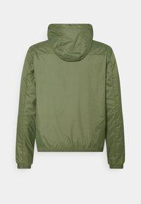 Blend - OUTERWEAR - Summer jacket - four leaf clover - 1