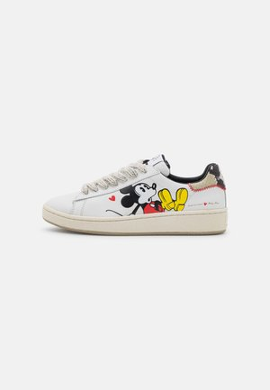 GRANDMASTER MICKEY MOUSE 3D PRINT - Sneakers laag - white