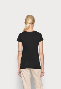 Guess - GHOST LOGO - T-shirt con stampa - jet black - 2