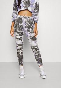 Trendyol - ÇOK RENKLI - Pantalones deportivos - lilac/black - 0