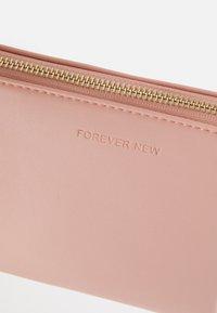 Forever New - BELLE BAGETTE BAG - Handbag - pink - 4