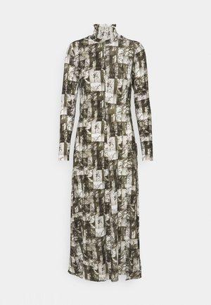 DANATA - Robe longue - khaki