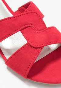 Marco Tozzi - SLIDES - Mules - red - 2