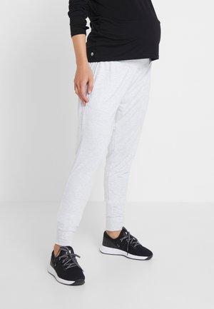 DROP CROTCH STUDIO PANT - Teplákové kalhoty - grey marle