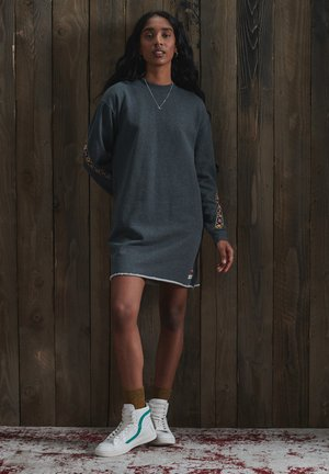 CRAFTED FOLK - Jumper dress - nordic charcoal marl
