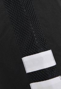Lacoste Sport - TENNIS SHORT - Träningsshorts - black/white - 2
