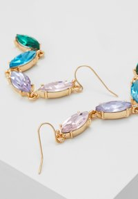 ONLY - ONLCALA LONG EARRING - Øredobber - gold-coloured/blush/clear/aqua - 2