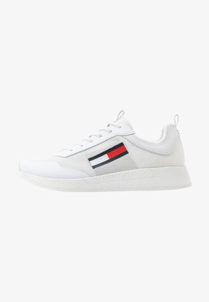 FLEXI RUNNER - Trainers - white