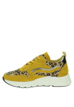 Sneakers laag - geel