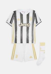 adidas Performance - JUVE MINI UNISEX - Sports shorts - white/black - 0
