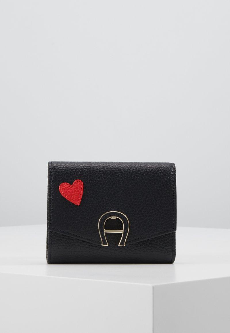 Aigner - HEART FLAPOVER - Peněženka - black