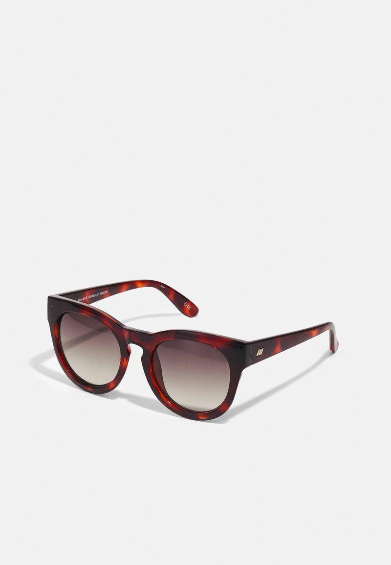 Le Specs - JEALOUS GAMES - Sluneční brýle - toffee tort