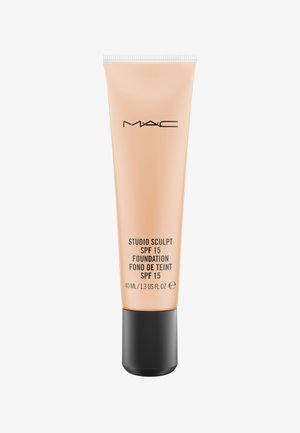 STUDIO SCULPT SPF15 FOUNDATION - Foundation - nc35
