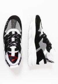 Versace - Tenisky - black/white - 0