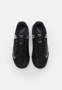 Nike Performance - METCON 6 - Gym- & träningskor - black/metallic silver - 3