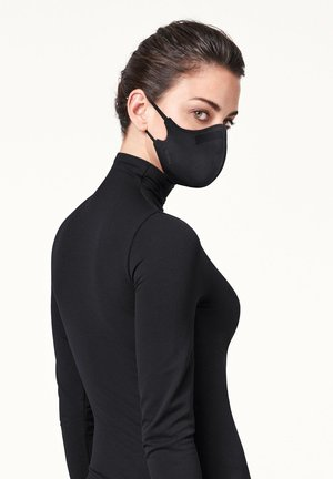 UNISEX CLASSIC MASK FIT AVAILABLE IN 2 SIZES - Community mask - black