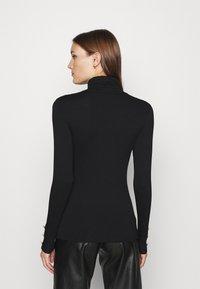 Dorothy Perkins - T-shirt à manches longues - black - 2