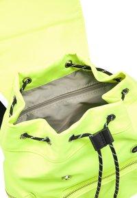 myMo - Rucksack - neon yellow - 3