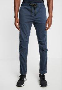 Superdry - CORE UTILITY PANT - Trousers - drift blue - 0