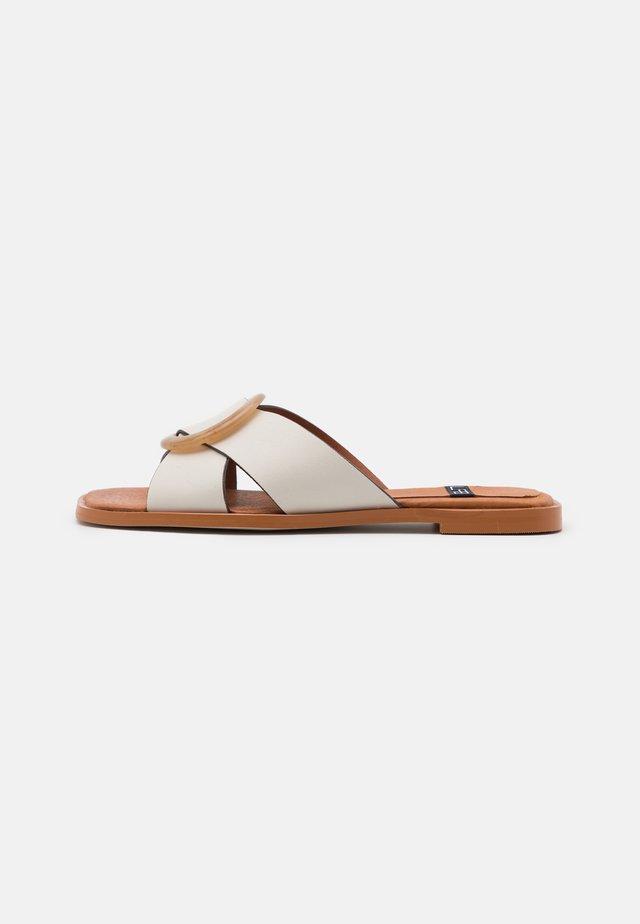 Pantofle - dream