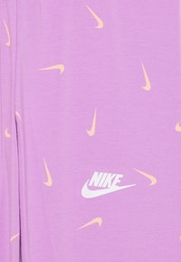 Nike Sportswear - FAVORITES - Legíny - violet star/white - 2