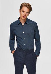 Selected Homme - Formal shirt - dark navy - 0