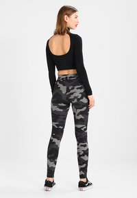 Urban Classics - TECH - Leggings - Trousers - grey - 2