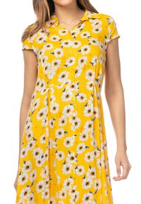 Tantra - MIT GÄNSEBLÜMCHENMUSTER - Shirt dress - amarillo - 2