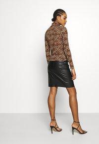 Monki - VANJA - Long sleeved top - brown - 4