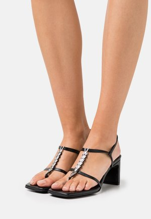 NARCISSIST THONG  - T-bar sandals - black