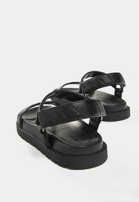 Bershka - Sandales à plateforme - black - 3
