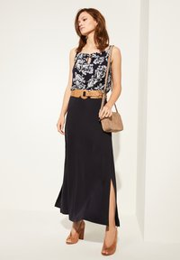 comma - Blouse - navy two tone flowers - 1