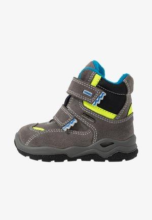 Zimní obuv - grigio