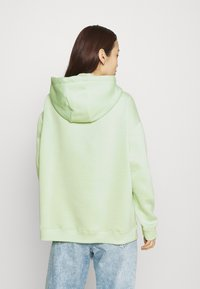 Nly by Nelly - OVERSIZED HOODIE - Hoodie - pistachio - 2