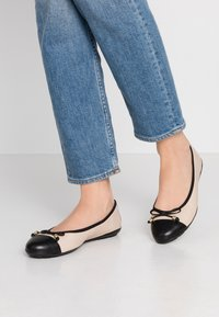 Caprice - Ballet pumps - black/beige - 0