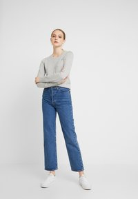 Hollister Co. - ICON CREW - Sweter - grey - 1