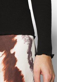 Selected Femme - SLFANNA CREW NECK TEE  - Long sleeved top - black - 4