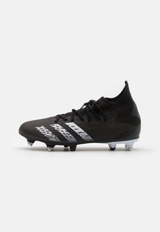 PREDATOR FREAK .3 SG - Voetbalschoenen met metalen noppen - core black/footwear white