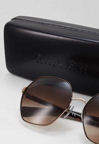 RALPH Ralph Lauren - Sunglasses - gradient brown - 2